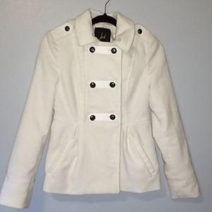 White elegant peacoat. Only worn one time.